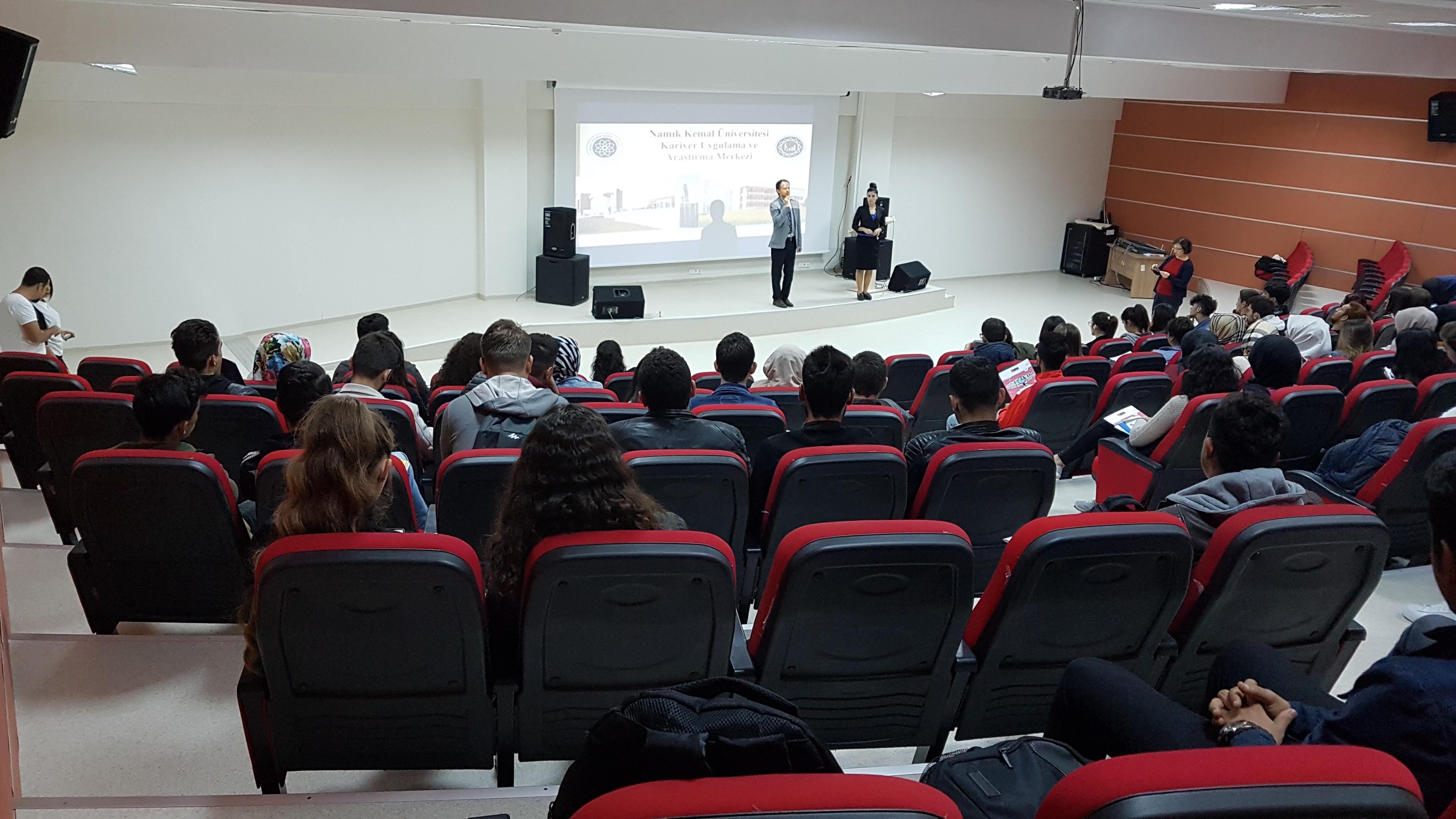 Muratlı Meslek Yüksekokulu Öğrencilerimize Yönelik Kariyer Merkezi Tanıtım Sunumumuzla Birlikte Mülakat Teknikleri Eğitimimiz ve Bireysel Danışmanlığımız Gerçekleştirildi